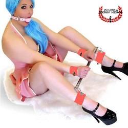 Barra Metálica Roja separar tus piernas y manos BDSM Barra Espaciadora con esposas Bondage